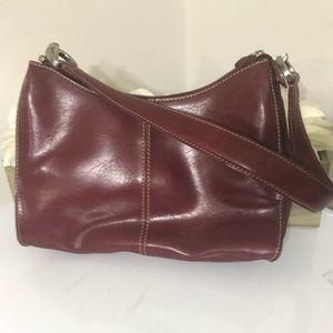 NWOT Liz Claiborne Red burgundy Shoulder Bag Zip